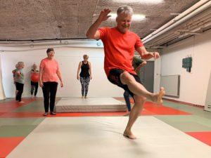 Så ska äldre skyddas mot fallolyckor – Svensk judo och Studieförbundet Vuxenskolan i samarbete